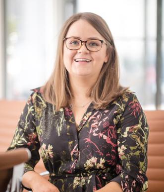 Dr. Lydia Sharples MChD/BChD